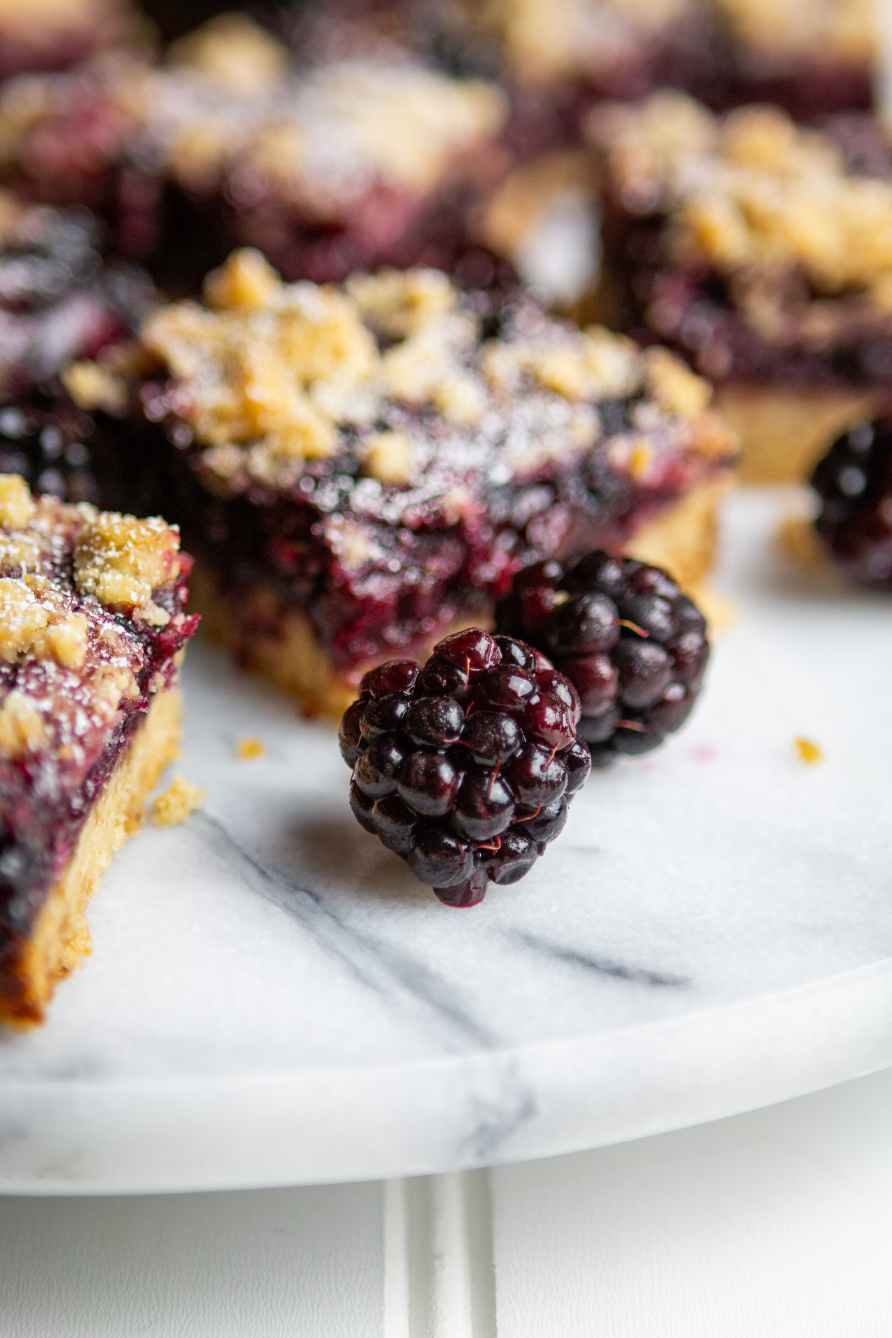 blackberry-crumb-bars-7.jpg