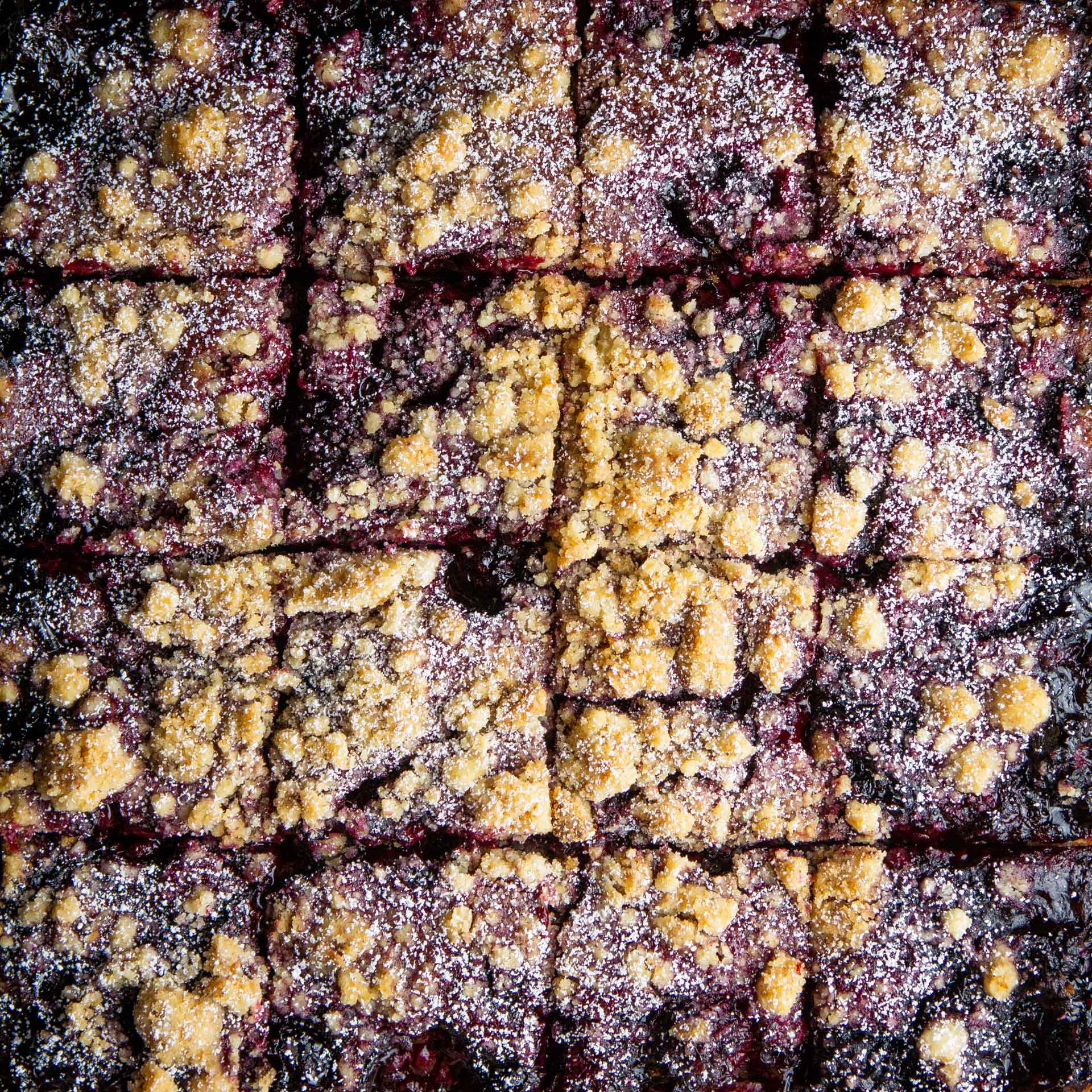 blackberry-crumb-bars-1.jpg
