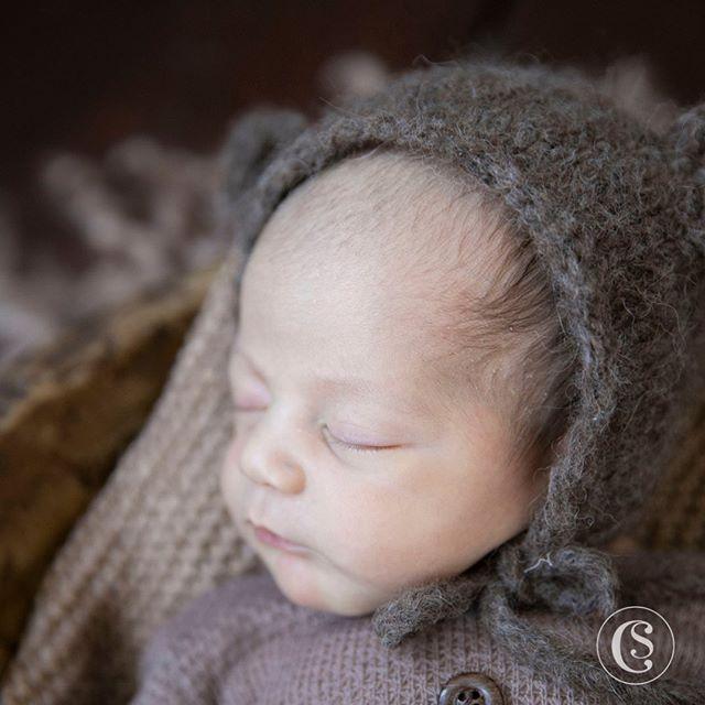 "S E B A S T I A N || Born on May 25, 2019 weighting 6-12 and measuring 20"" • 📸 Captured by the amazing Newborn Experience photographer @capturingbeautynj • • • • • • • #CelesteSantana #yourtrustedeventcompany #CelesteSantanaEvents #NewBaby #Baby2 #NewbornPhotos #SebastianSeverino #Seba"