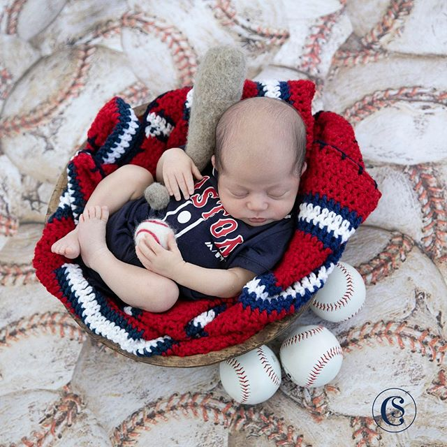 "S E B A S T I A N || Born on May 25, 2019 weighting 6-12 and measuring 20"" • 📸 Captured by the amazing Newborn Experience photographer @capturingbeautynj • • • • • • • #CelesteSantana #yourtrustedeventcompany #CelesteSantanaEvents #NewBaby #Baby2 #NewbornPhotos #SebastianSeverino #Seba"