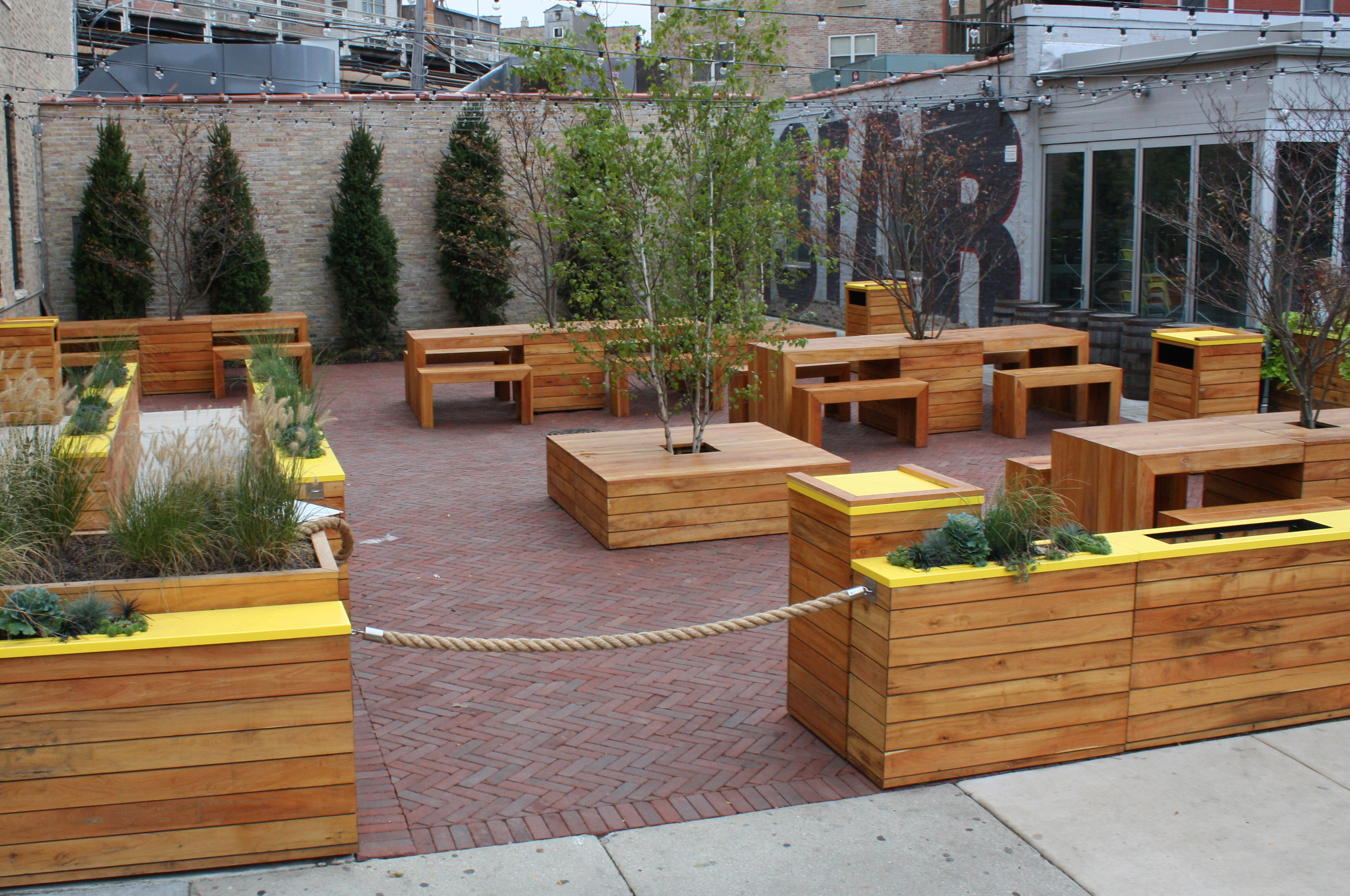 BIG STAR RESTAURANT - Chicago's favorite taco/whiskey spot added this outdoor seating area for take out. Made from black locust these site furnishings will provide years of service.