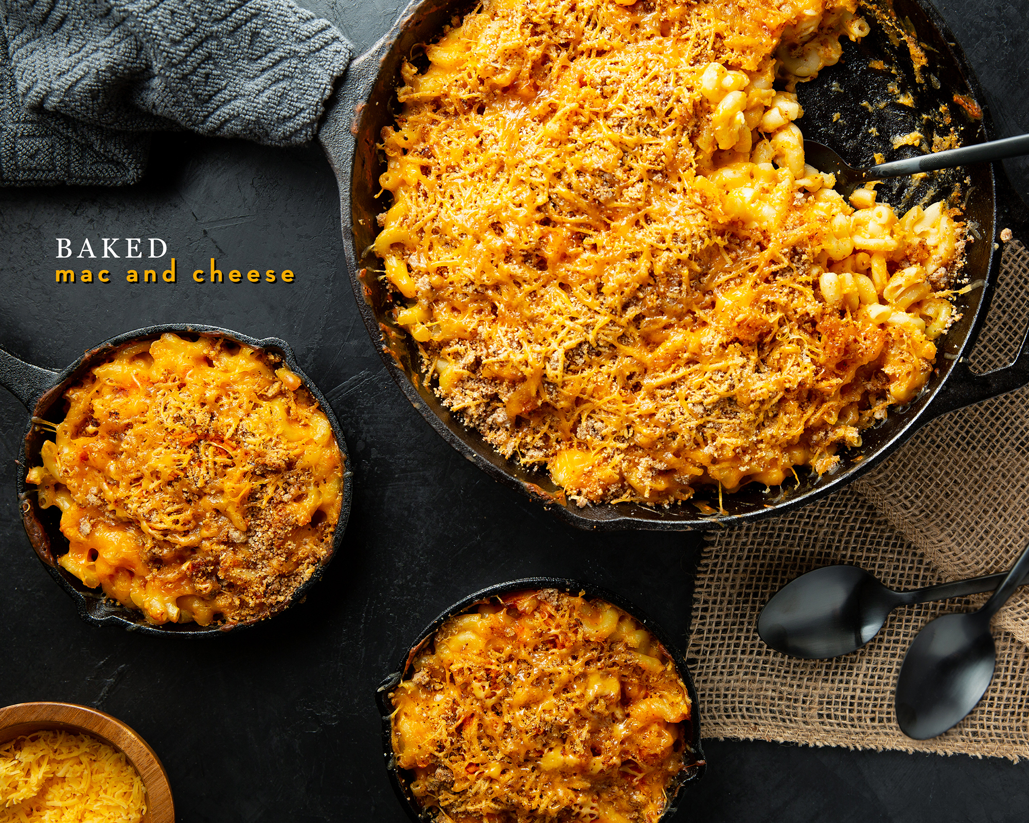 Baked Mac and Cheese Cast Iron Skillet