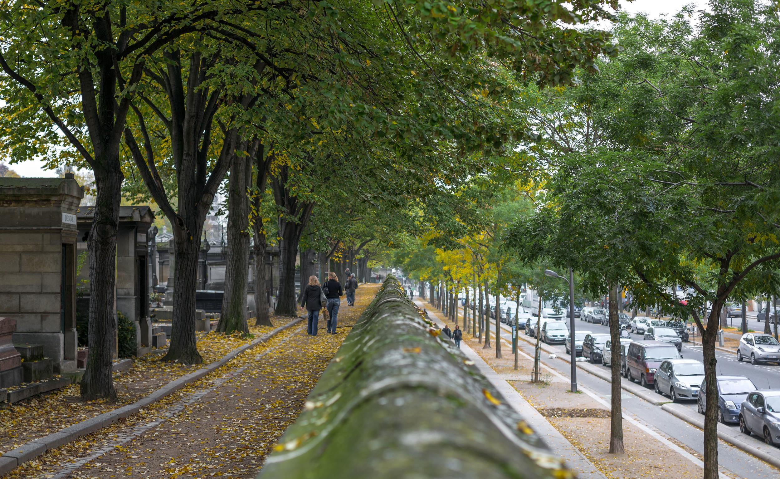 Pere LaChaise Cemetery in Paris.jpg