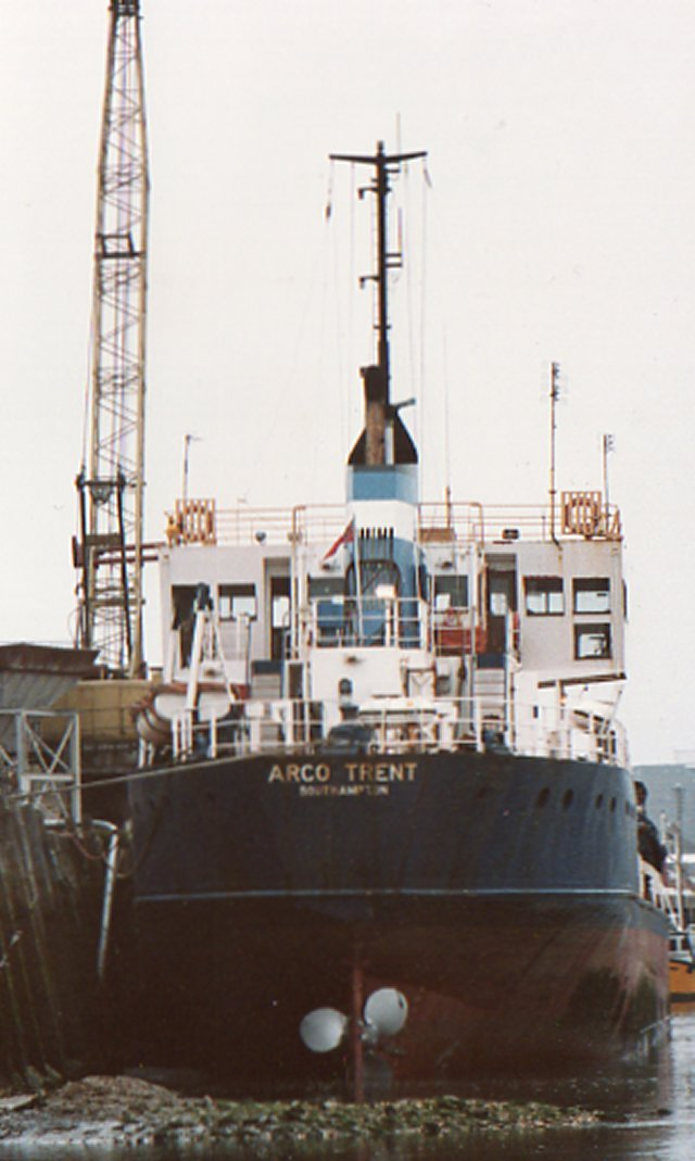 The original ship, the former sand dredger  Arco Trent