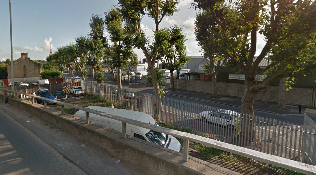 View south over the narrow site, used as a car wash prior to construction [Google Earth, Sept 2014]