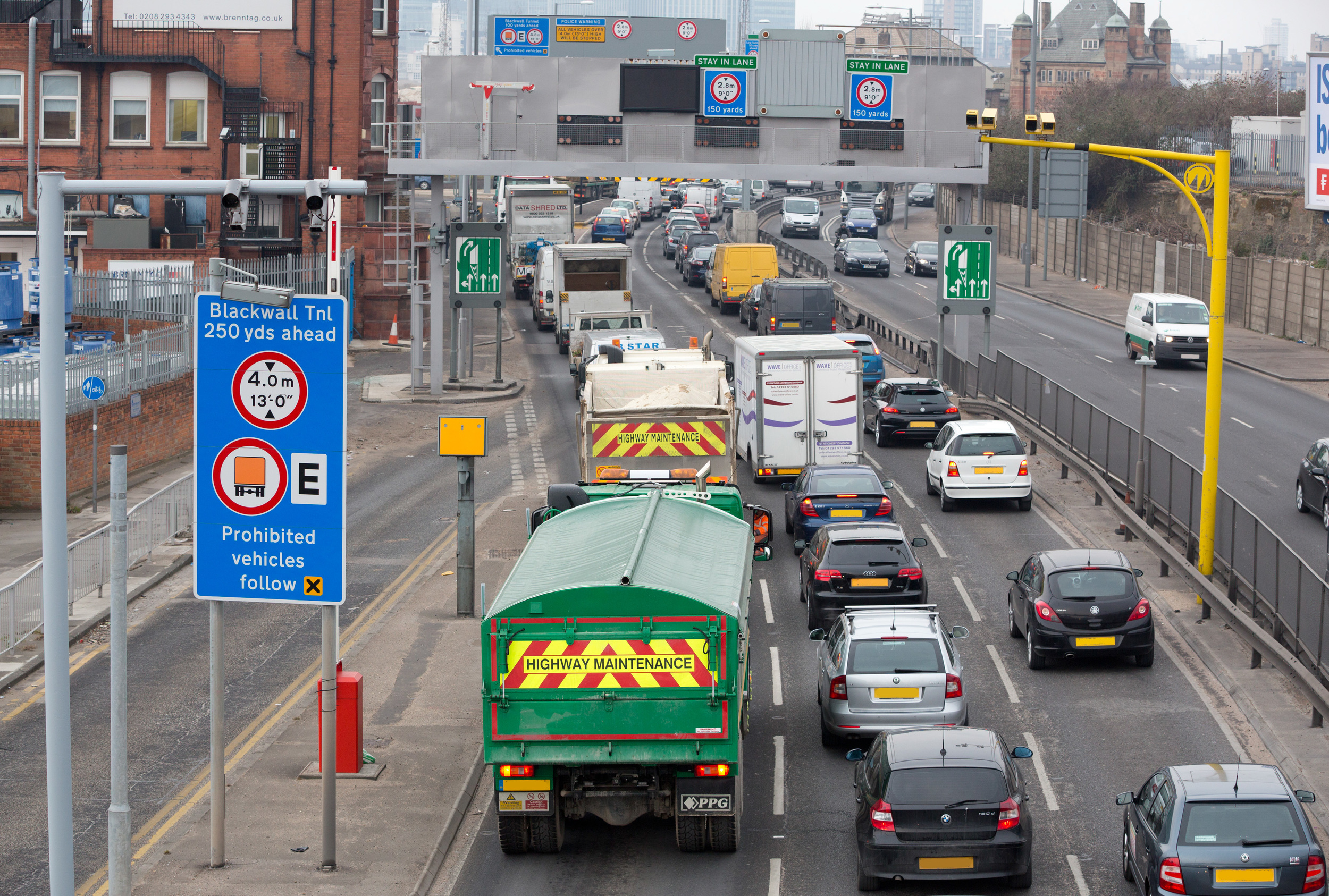 TfL propose the new Silvertown Tunnelto ease congestion at the existing Blackwall Tunnel