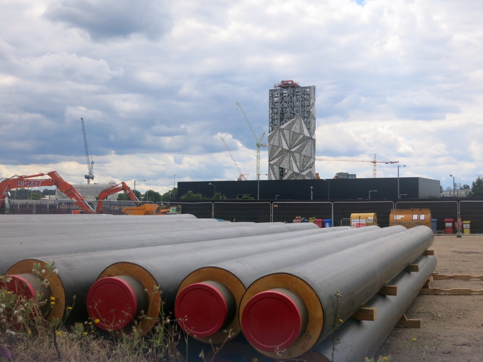 District heating pipes for installation at Upper Riverside development by  Trent Energy  - July 2016 [greenpenlondon]