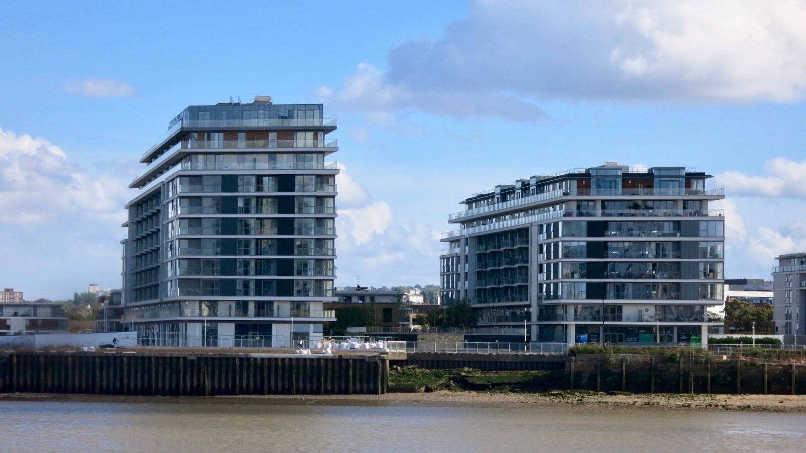 Barrett Home's Enderby Wharf and The River Gardens development at Lovell's Wharf.