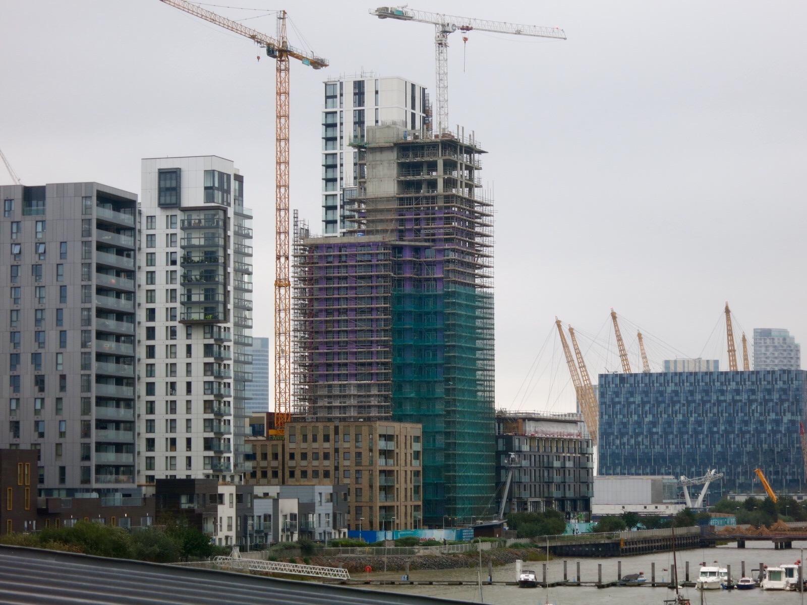 Construction progress - The Lighterman viewed from Greenwich Yacht Club - September 2016 [greenpen.london]