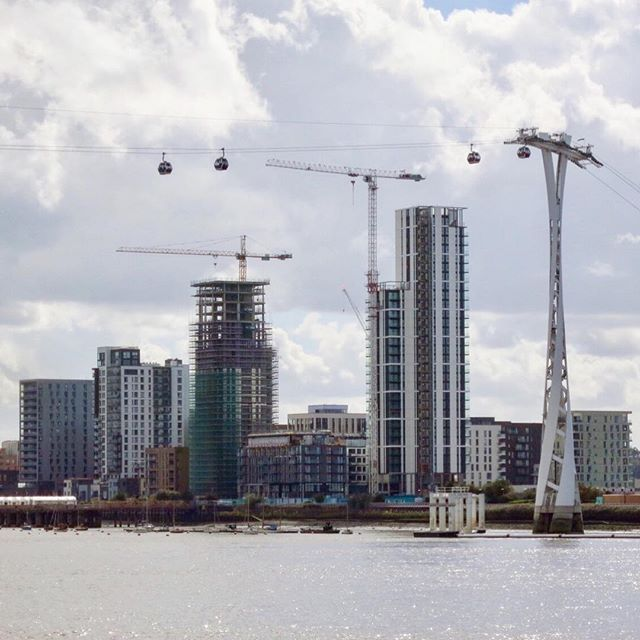 #greenwichpeninsula #northgreenwich #greenwich #emiratesairline #cablecar #london #thames #development #construction #cranes #newbuild