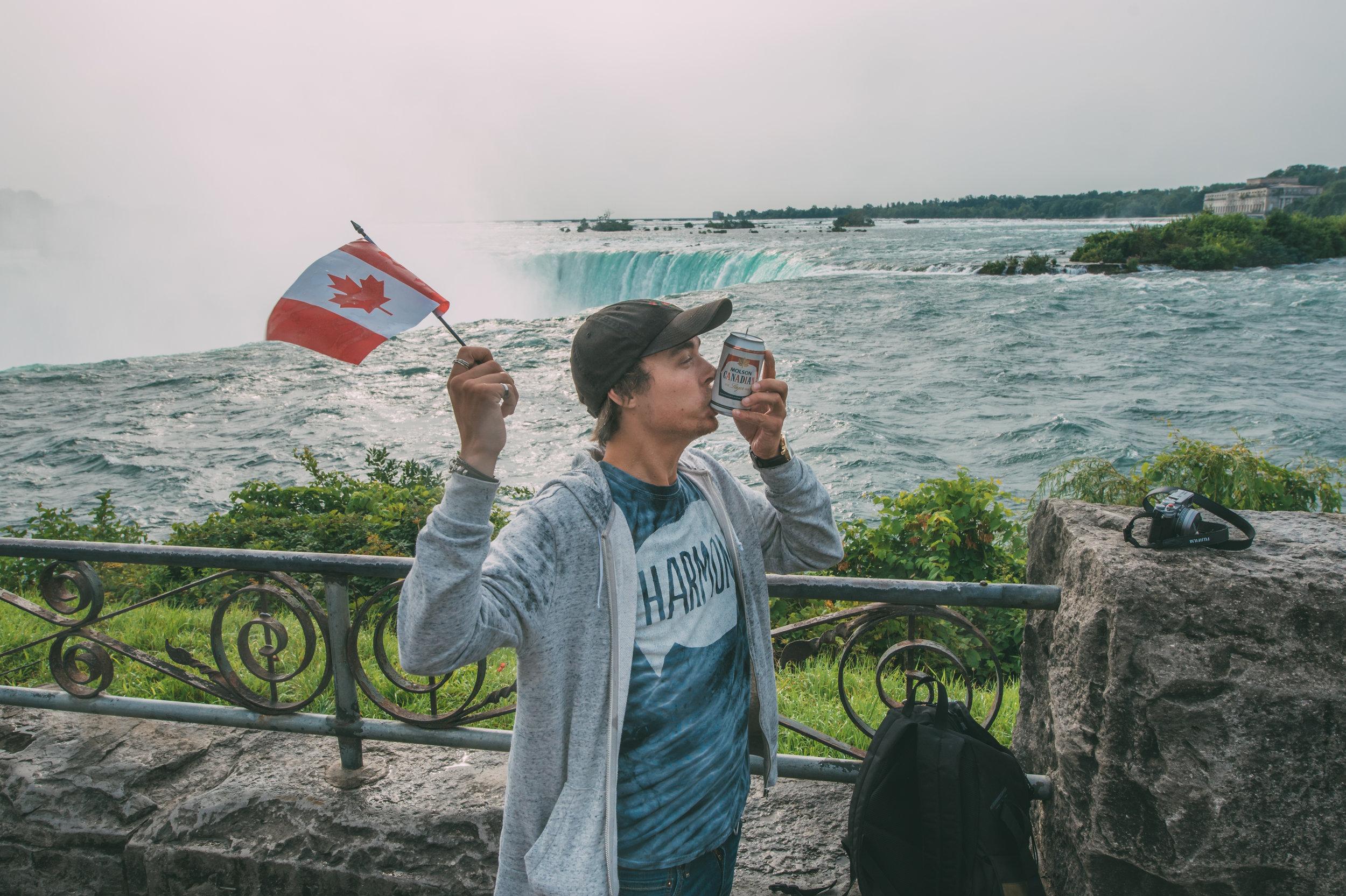 CanadaContesso_NiagaraFalls024.jpg