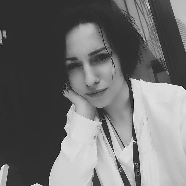 @yaninayakusheva  Repost of beautiful interview with @yaninayakusheva about her work and history.  https://www.theolfactive.com/new-index-80
