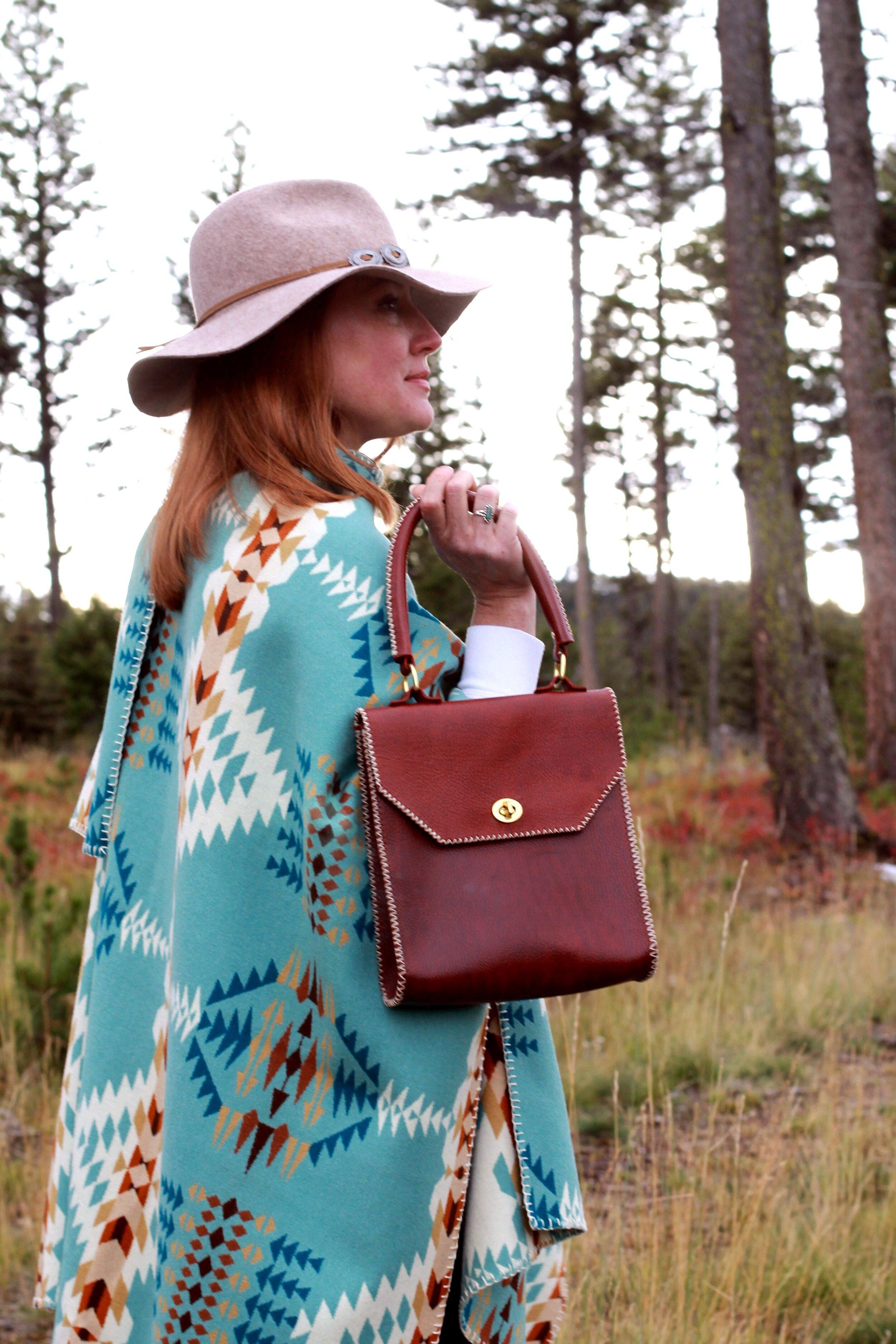 Blanket wool Ruana with Thelma Handbag