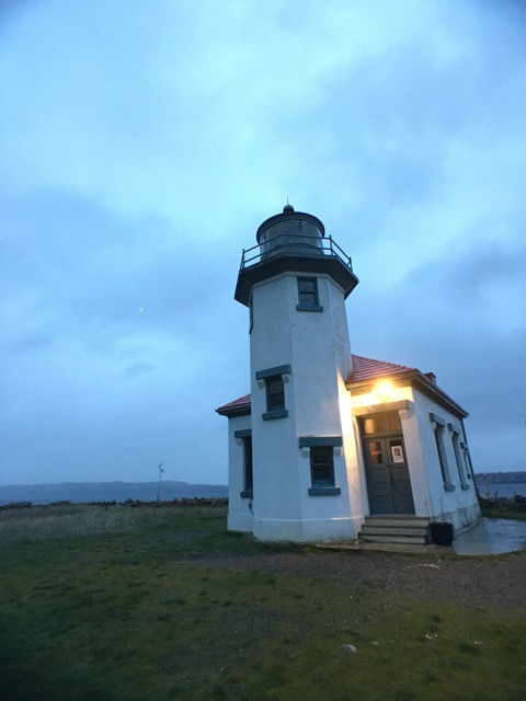 Point Robinson Lighthouse.jpg