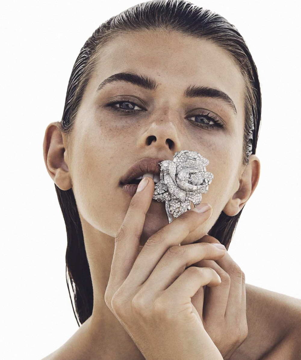 Vogue-Australia-April-2018-Georgia-Fowler-Nicole-Bentley-1.jpg