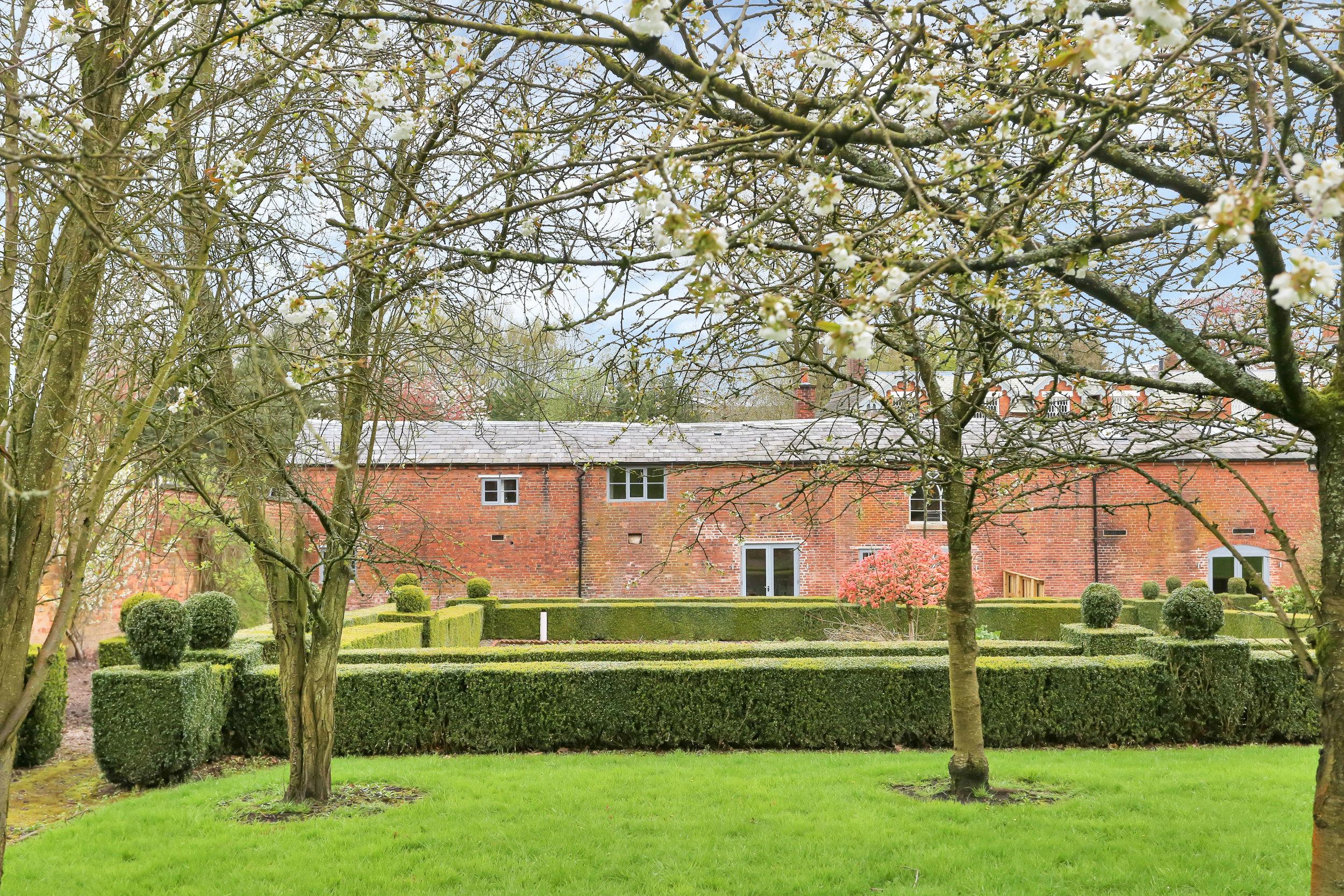 Orchard Cottage PH-13.jpg