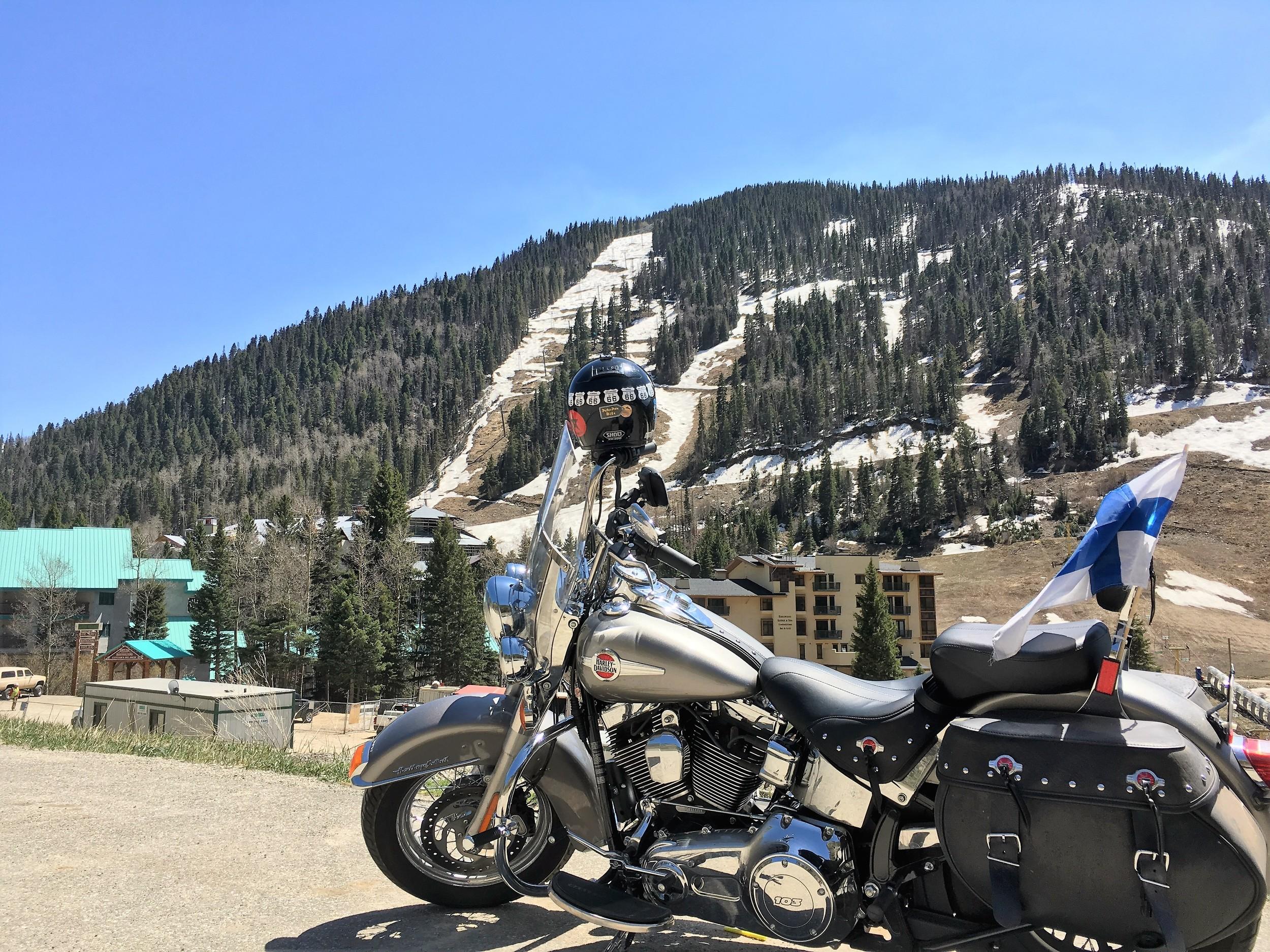 3500 metrissä oli vielä lunta! Samaan aikaan Santa Fe:ssa 2200 metrin korkeudessa +26C