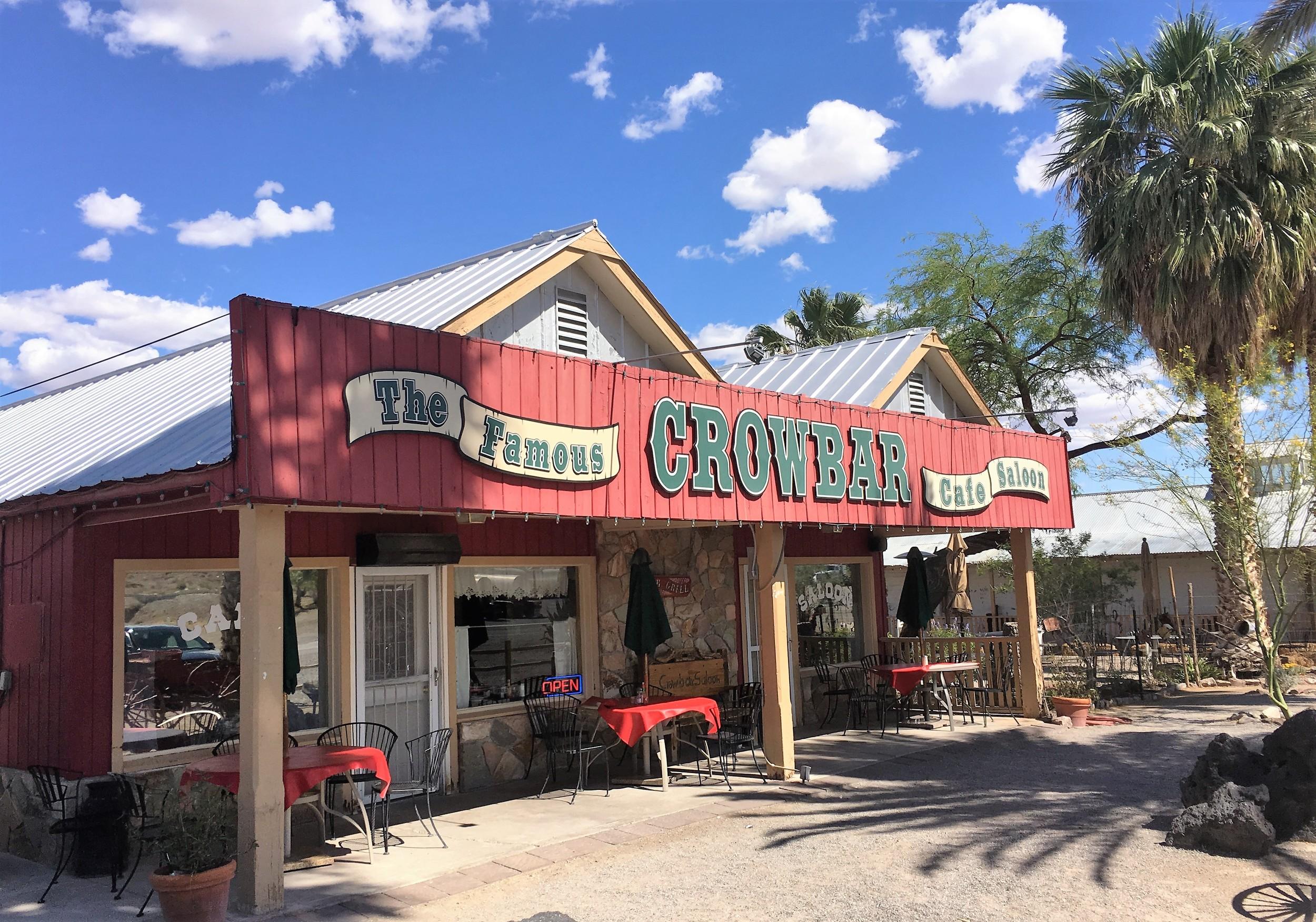 Shoshonen baarissa kylmät Coronat suli suoraan ikeniin!