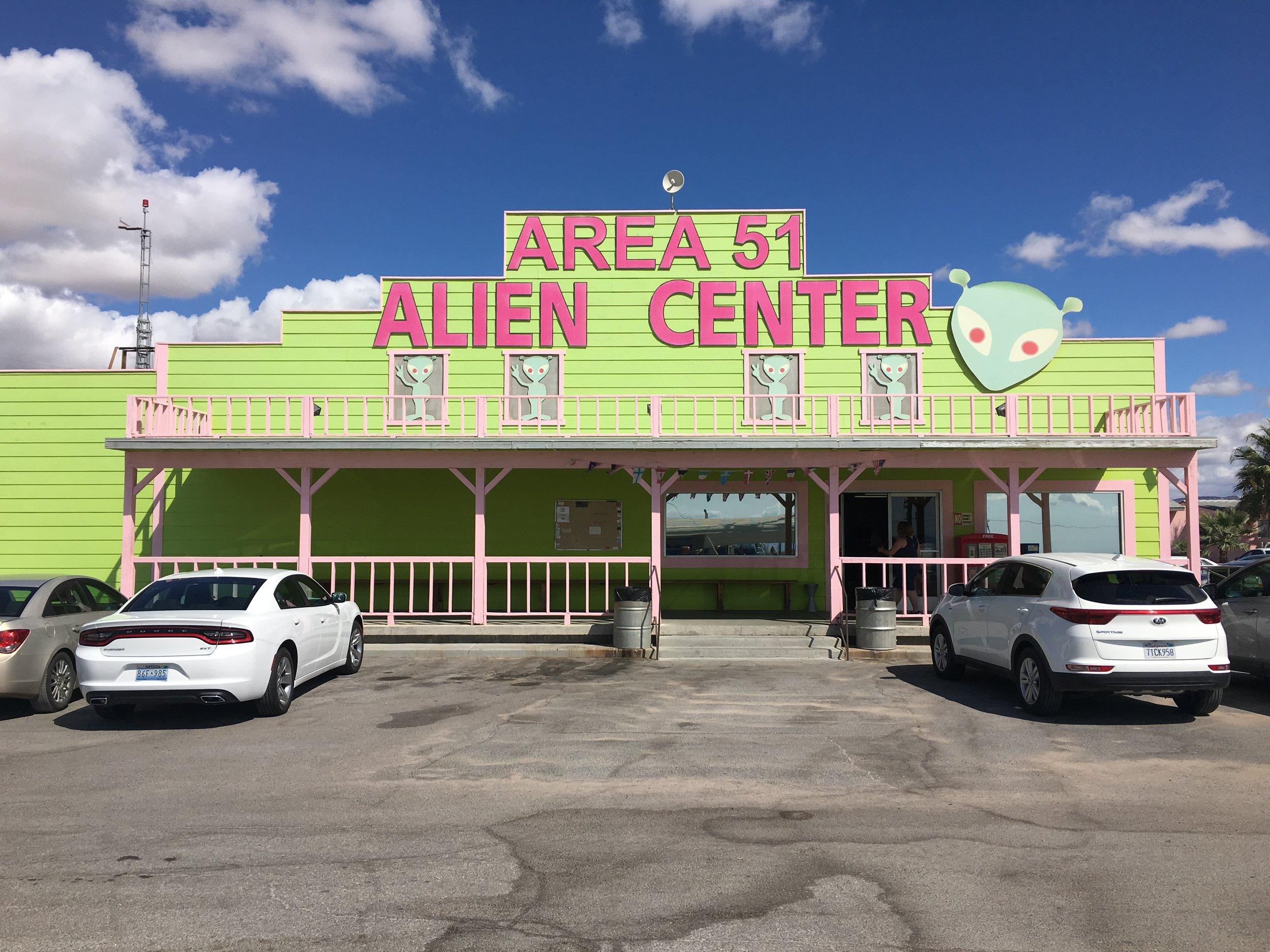 Area51 Alien Center