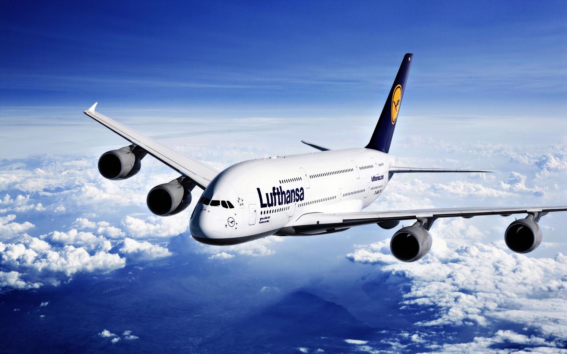 Lufthansan siivillä, yhden pysähdyksen taktiikalla HEL-FRA-LAX.