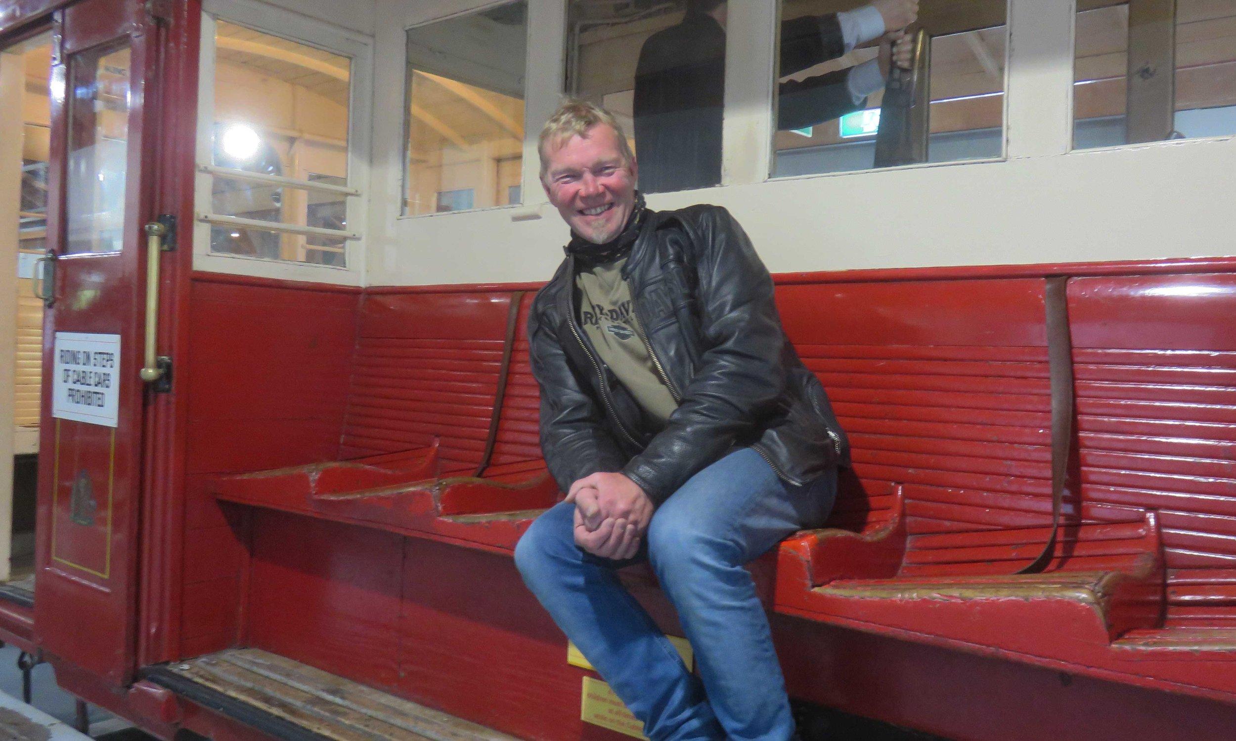 Kulttuurikärpänen Kari Kostamo Cable Car museossa!