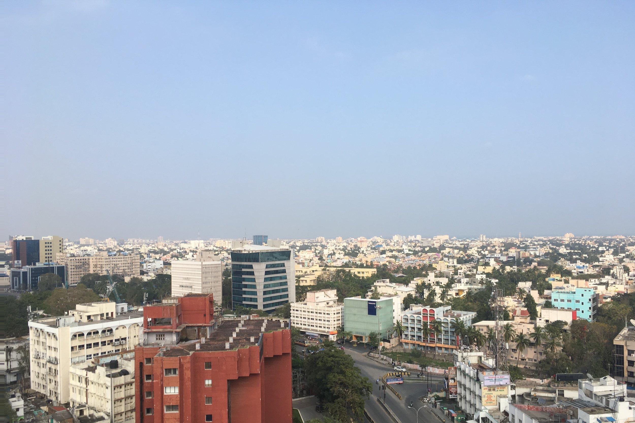 Näkymät hotellimme kattoterassilta.
