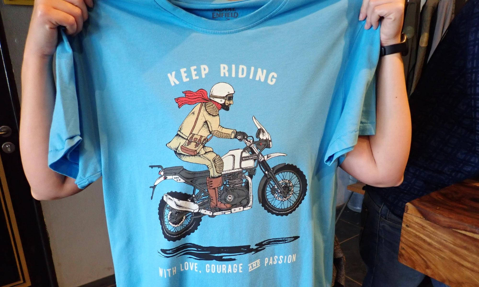 ... Ja sain T-paidan kaupanpäälle :)