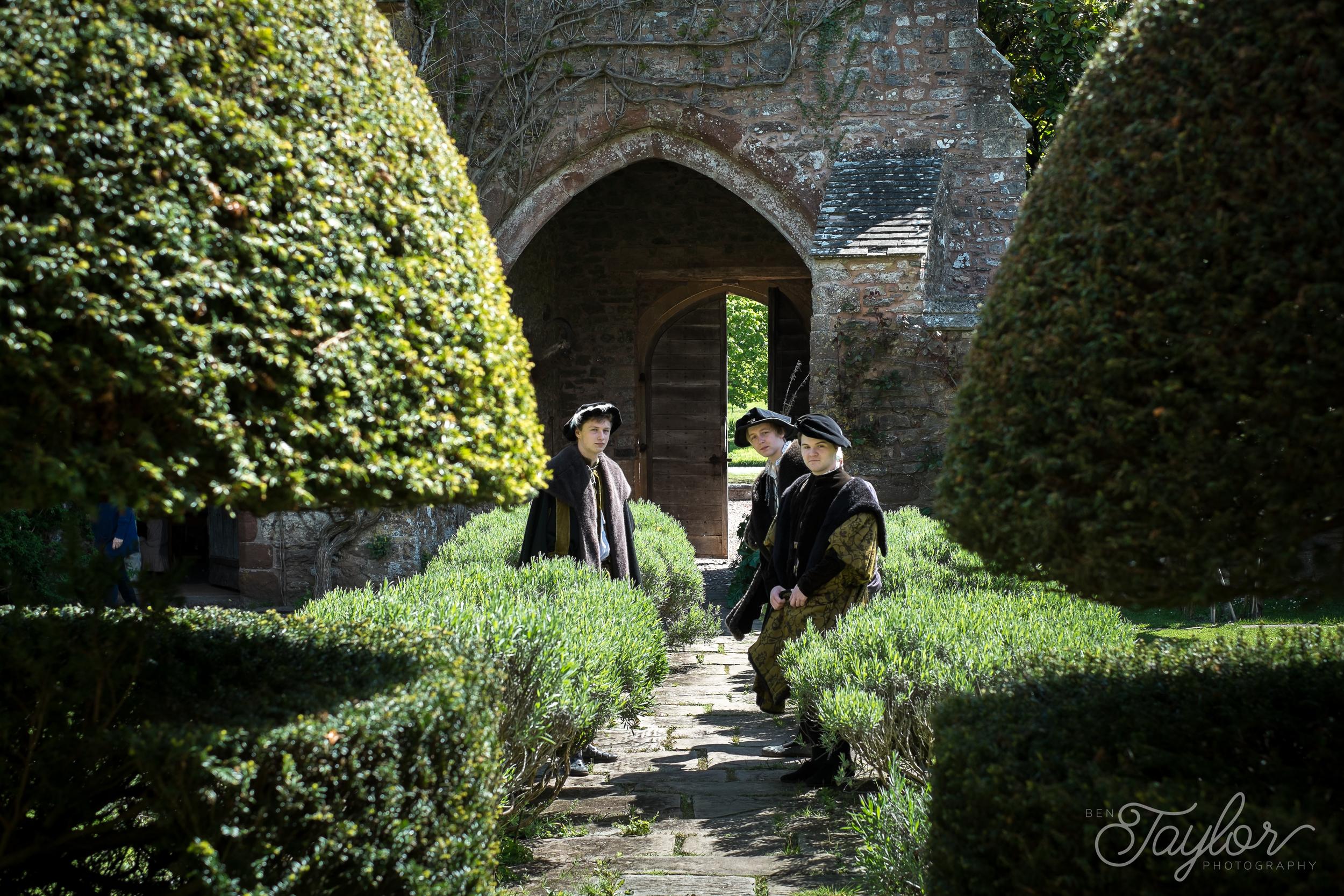 Cothay Manor Shoot-15.jpg