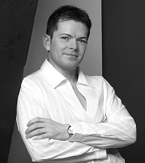 Alexander Anderson-Hall: Director, Tenor