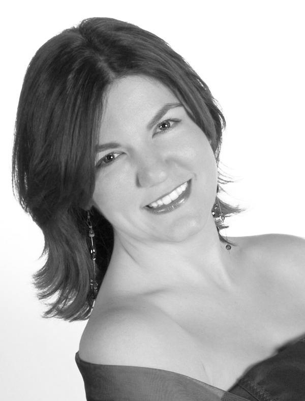 Aurore Lacabe: Mezzo-Soprano