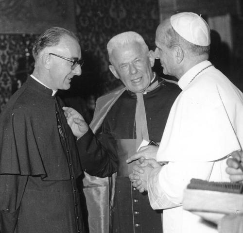 Cardijn and Pope.jpg