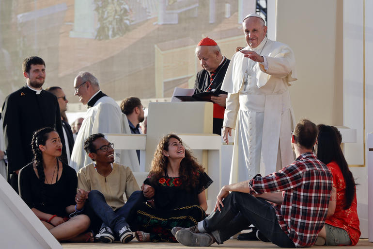 Pope Young People 5.jpg