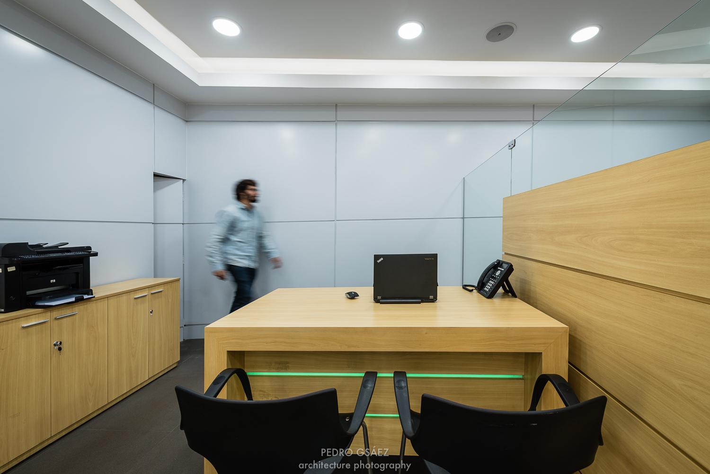 pedrogsaez-architecture-offices-viva-bolivia-2.jpg
