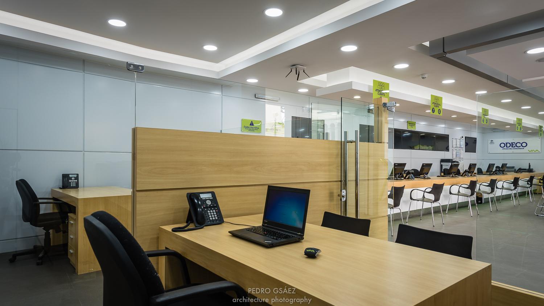 pedrogsaez-architecture-offices-viva-bolivia-5.jpg