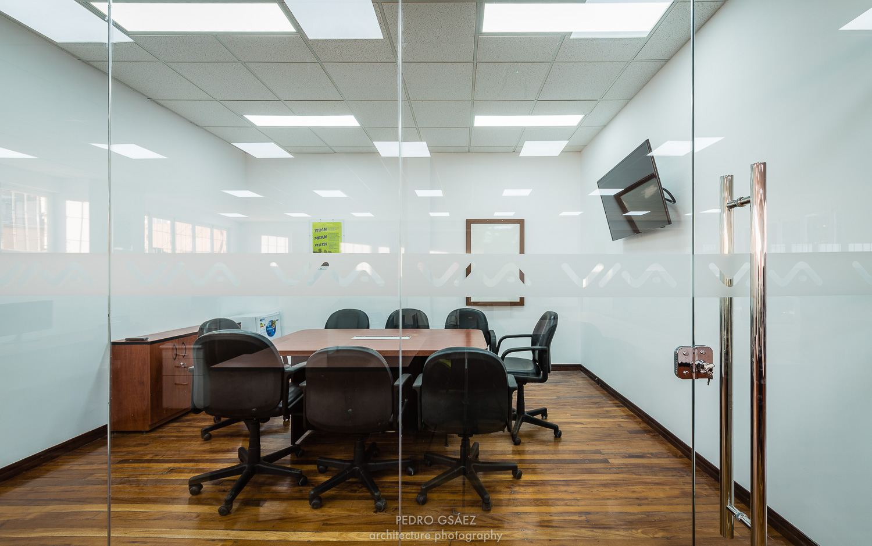pedrogsaez-architecture-offices-viva-bolivia-25.jpg