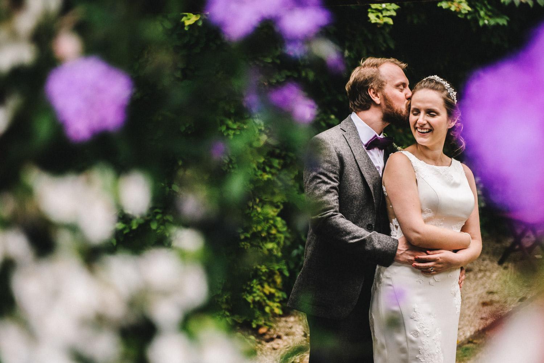 bride-groom-flowers-bibury-weddding.jpg