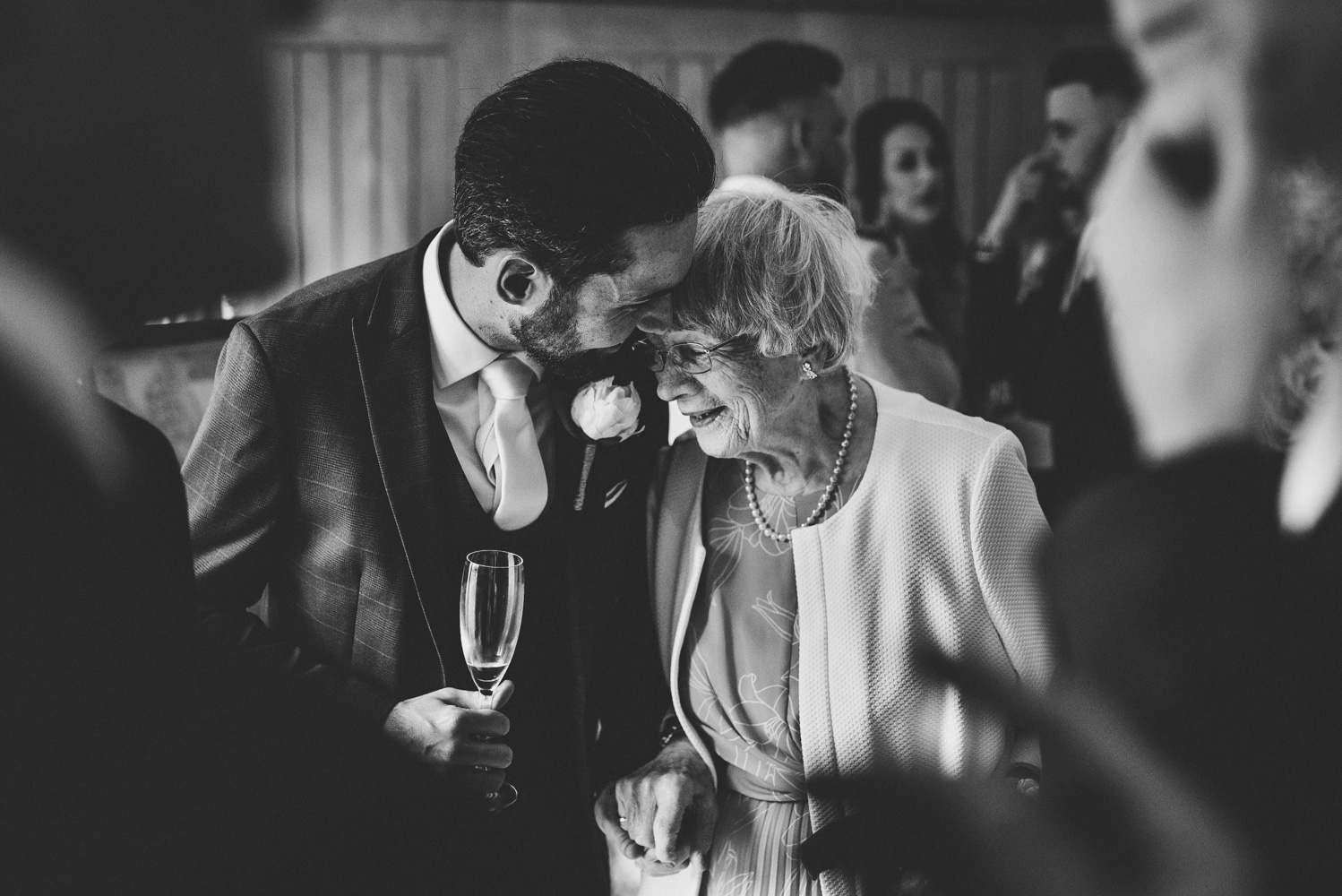 hyde-house-wedding-groom-meets-gran.jpg