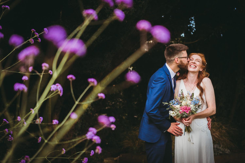 summer-garden-uk-wedding-couple-6.jpg