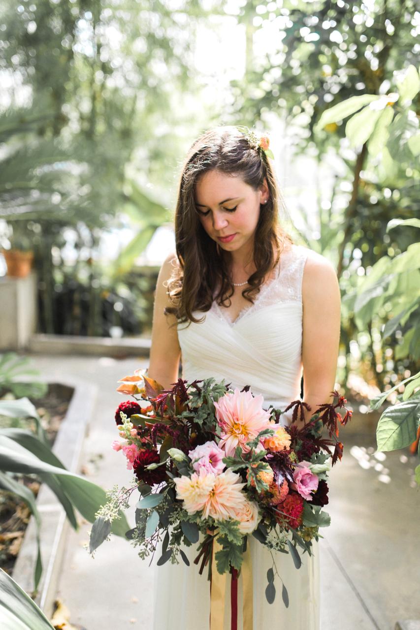 dahlia_bouquet_buckeye_blooms - 16.jpg