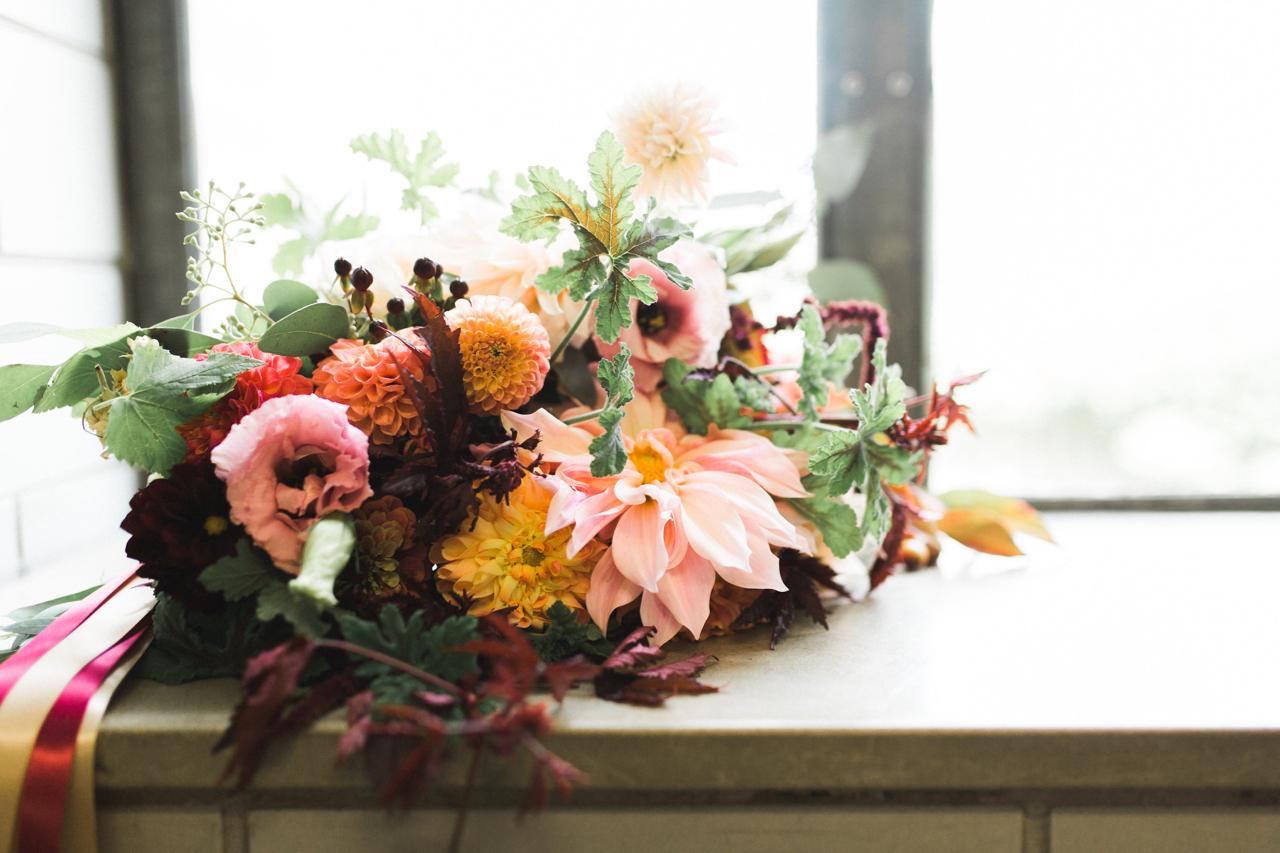 dahlia_bouquet_buckeye_blooms - 3.jpg