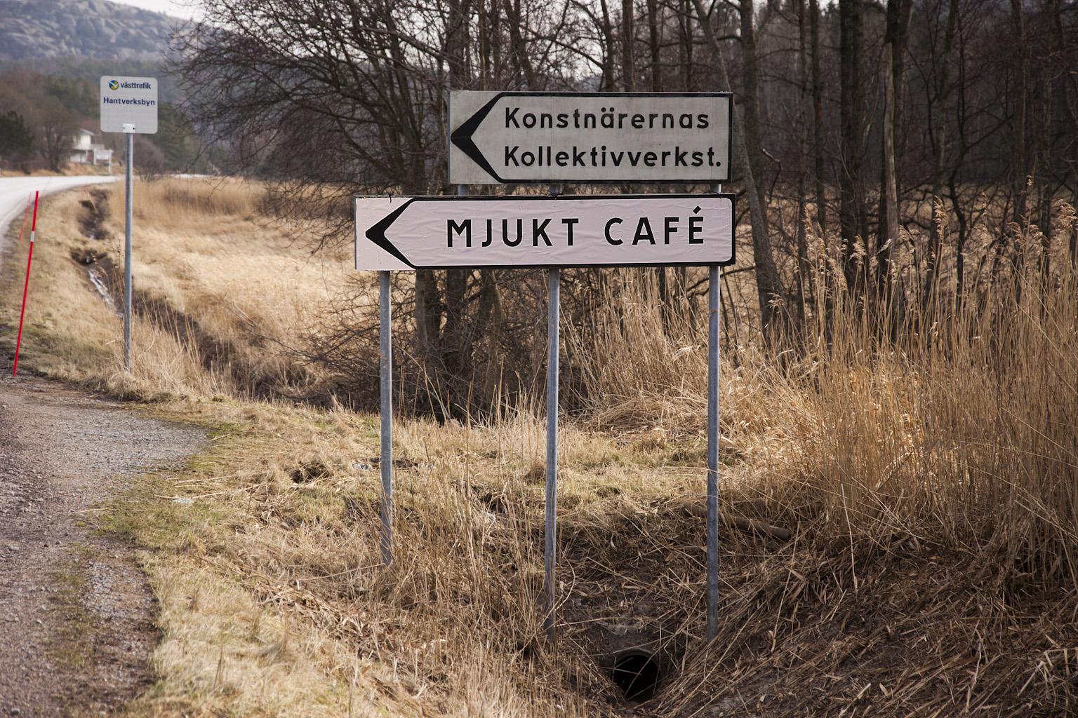 Inte bara bilder - en dag arrangerade jag café med mjuka kakor och varm gemenskap.