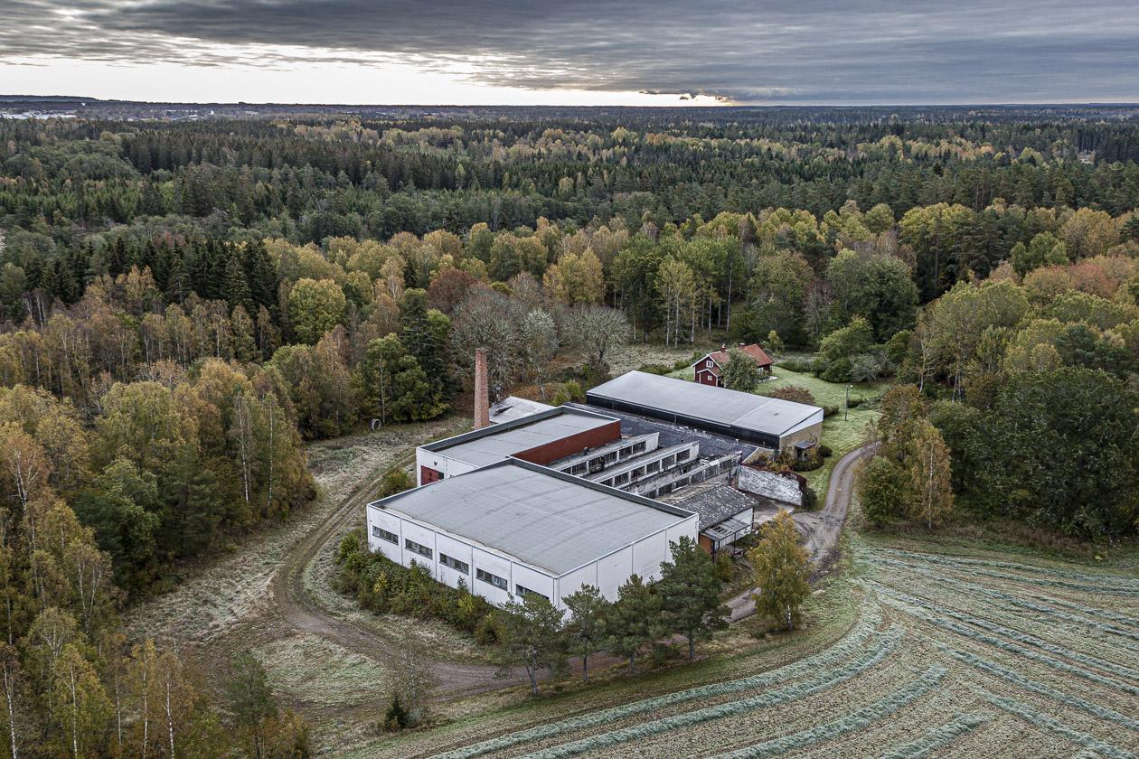 f d industri - Ålleberg i bakgrunden