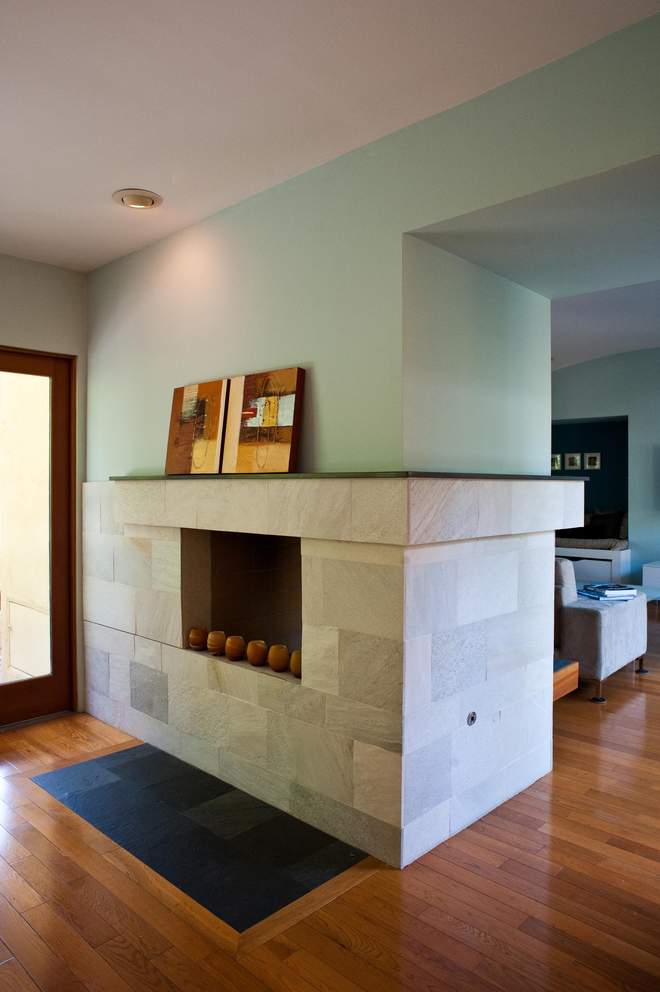 Breakfast Fireplace.jpg