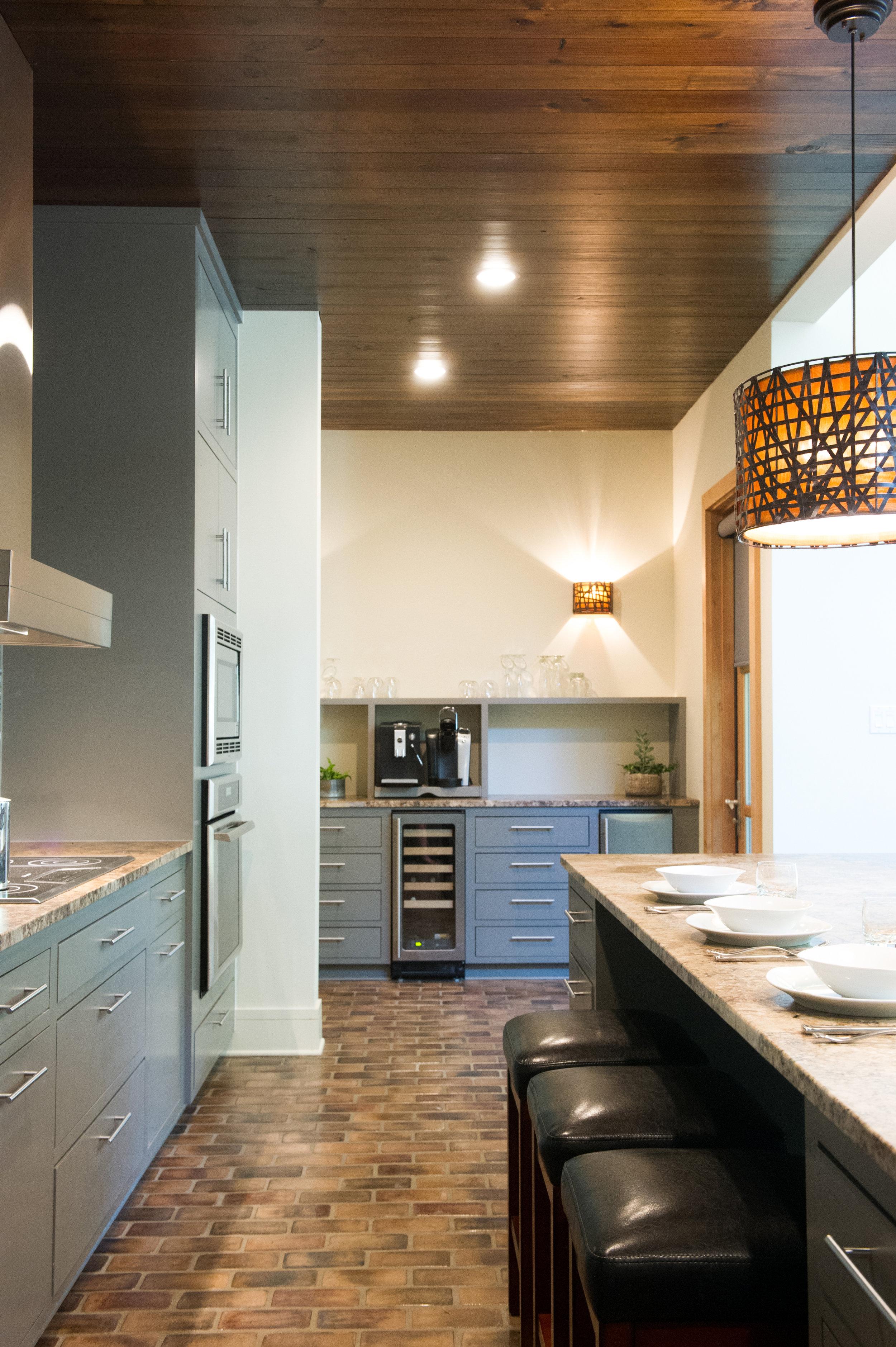 Dupuis INT Kitchen 2.jpg