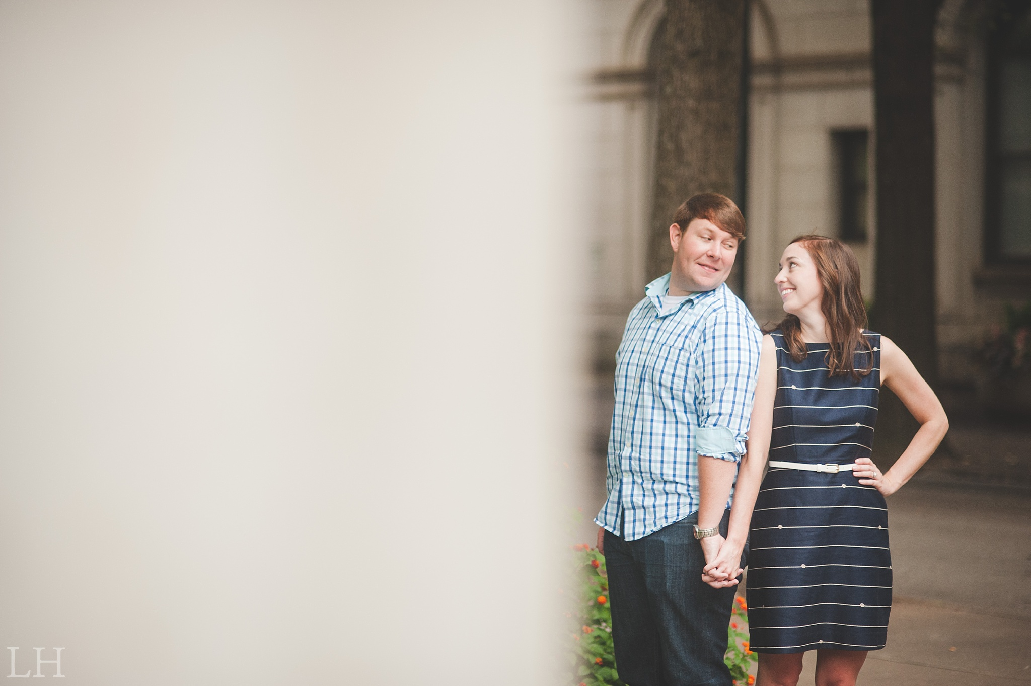 DowntownKnoxvilleEngagementSession105.jpg