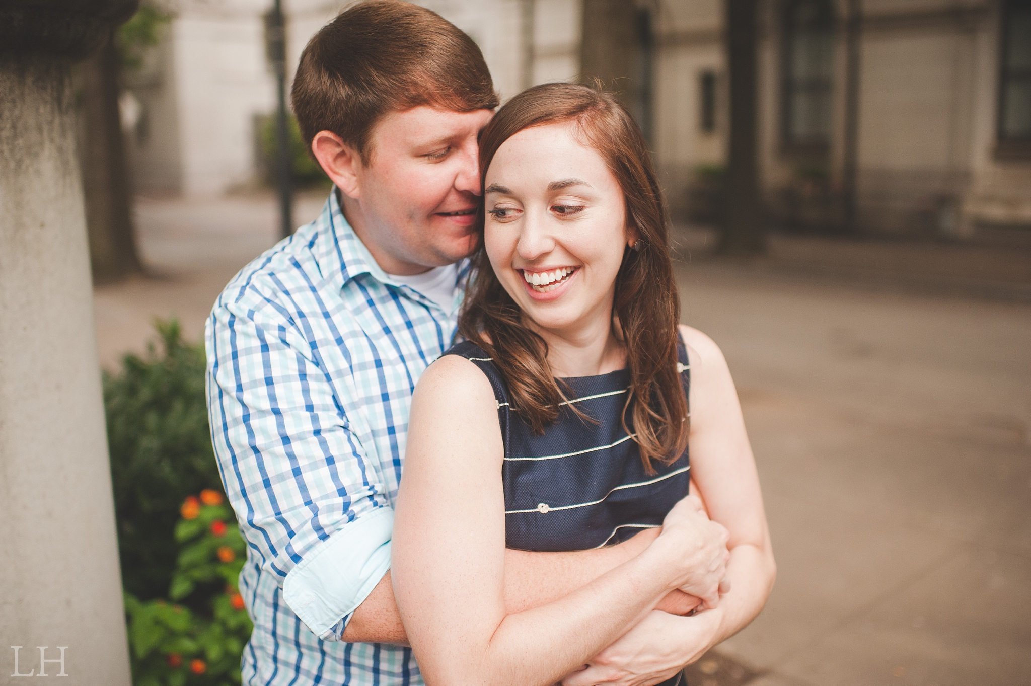 DowntownKnoxvilleEngagementSession106.jpg