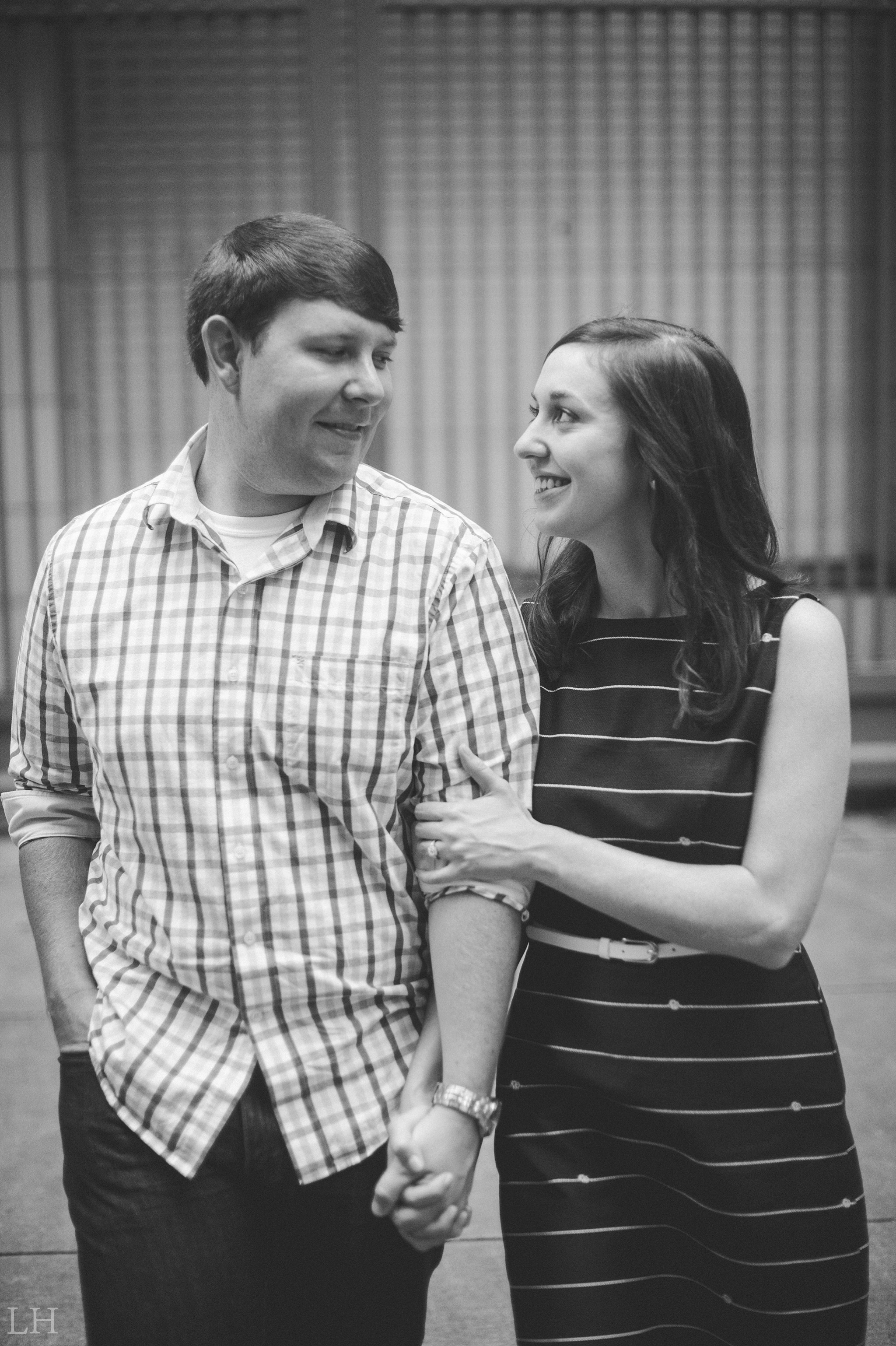 DowntownKnoxvilleEngagementSession109.jpg