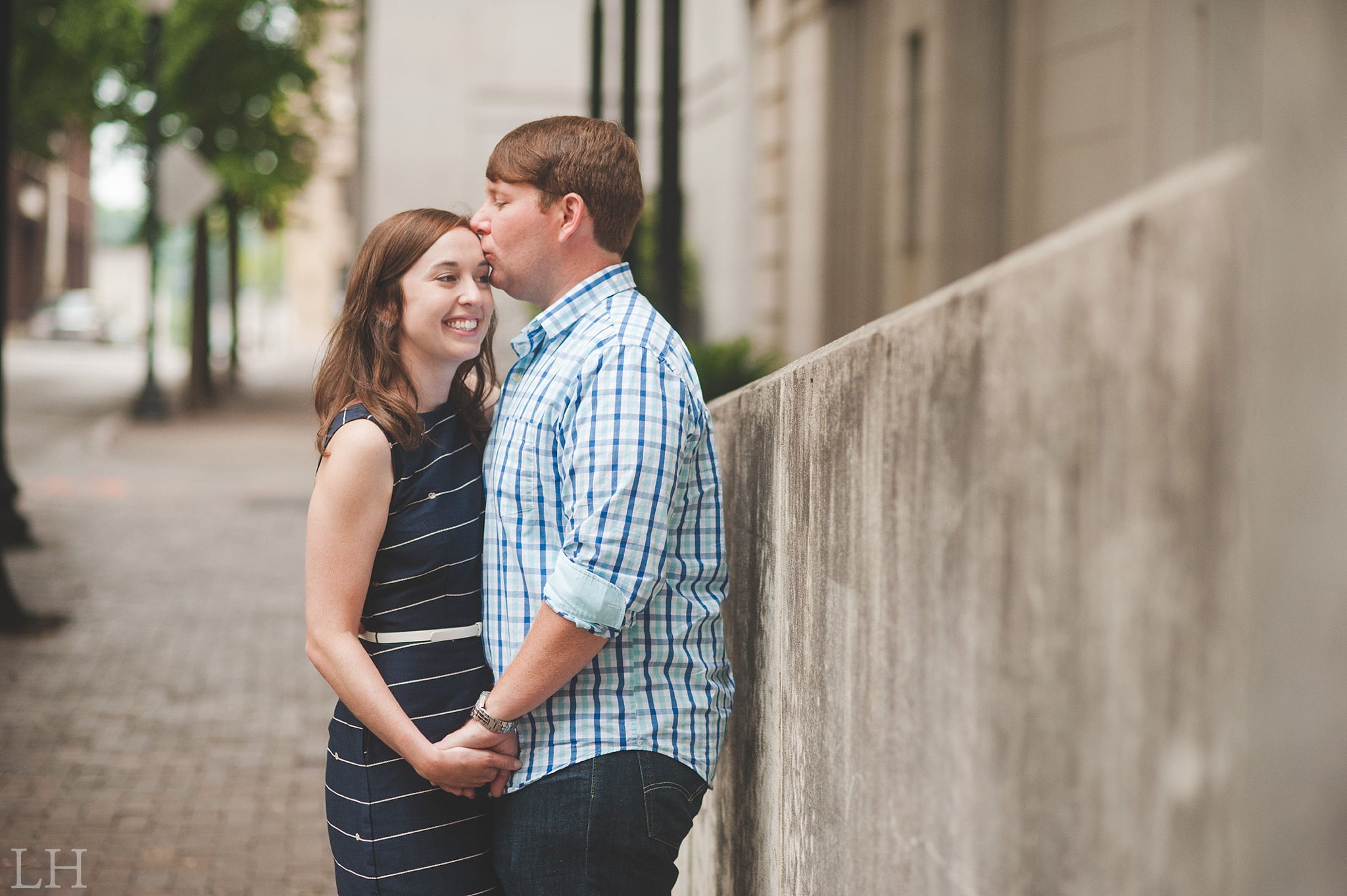 DowntownKnoxvilleEngagementSession113.jpg