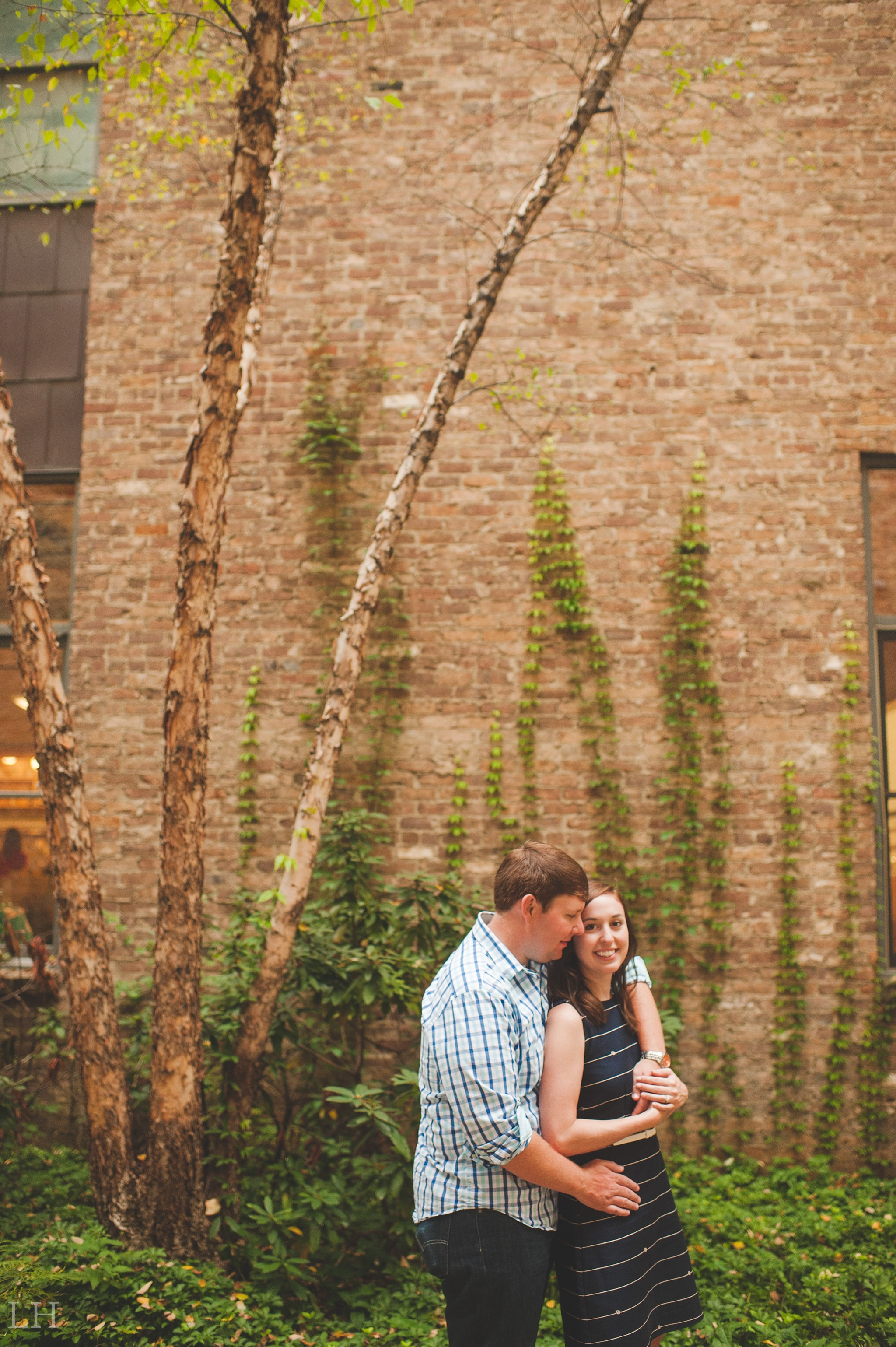 DowntownKnoxvilleEngagementSession122.jpg