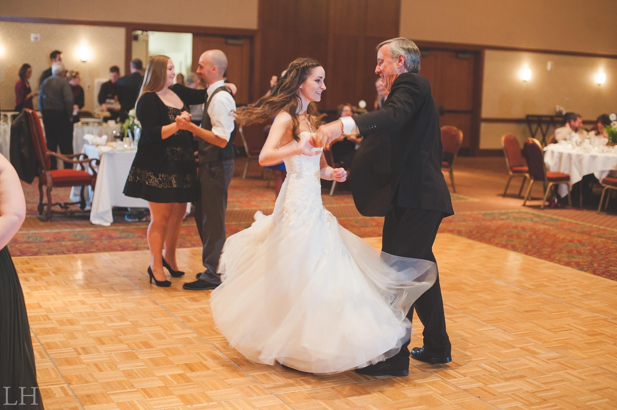Roanoke VA Wedding Photographer